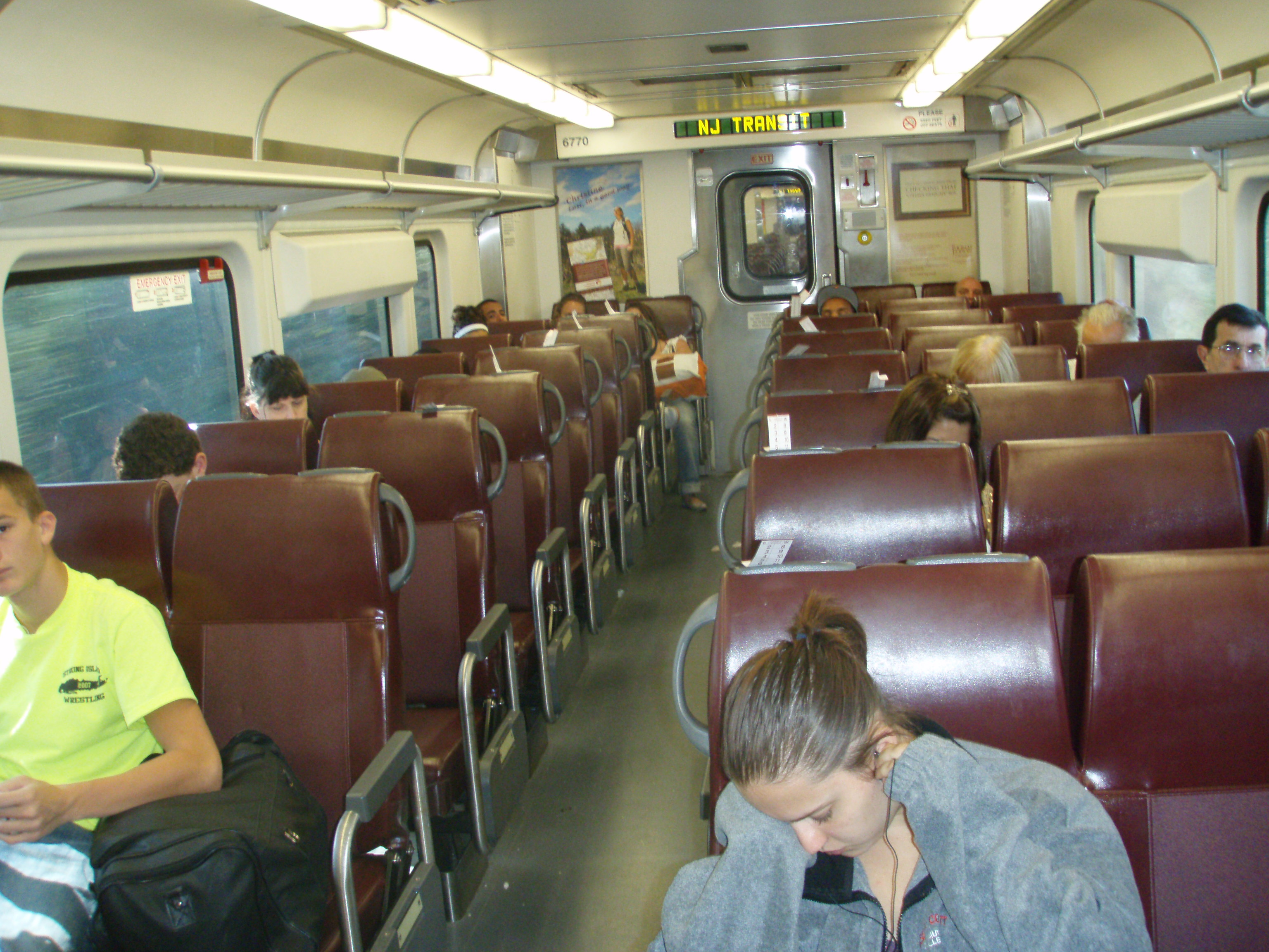 njtransit train interiors new providence daily photo. Black Bedroom Furniture Sets. Home Design Ideas