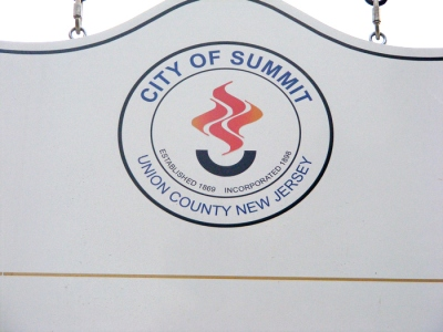 Summit emblem 01