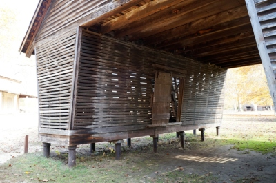 The outside of a corn crib! Will wonders never cease!